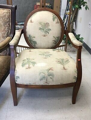 WY1036: Wood and Clothe Sitting Room Chair Local Pickup