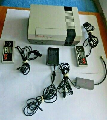 NES Nintendo Console System Bundle With 8 Games