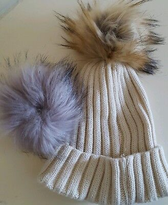 Cream Knitted Hat With Interchangeable Coloured Pompoms