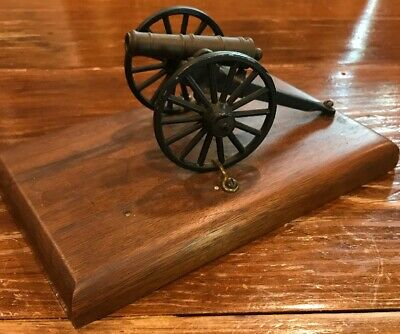 Colonial Mini Cannon Brass And Cast Iron Mounted On Wood Plaque 2.5X5X2.25