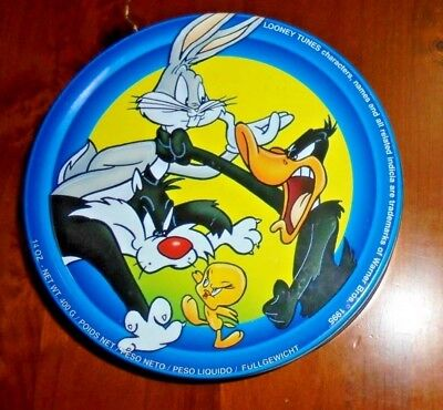 Looney Tunes tin from 1995~ Pictures Bugs Bunny, Sylvester, Tweety, Daffy & more