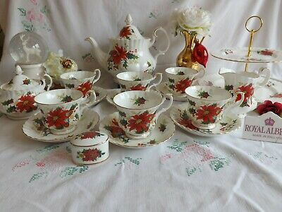 "Beautiful Vintage Royal Albert ""Poinsettia""  Festive Tea Set Inc Tea Pot"