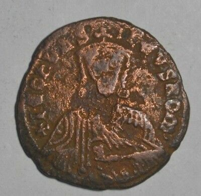 Byzantine Empire - Leo VI - follis c. 886 - 912 Constantinople