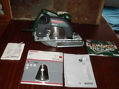 Bosch Pks46 Circular Saw 230V 150Mm Plus Spare Blade
