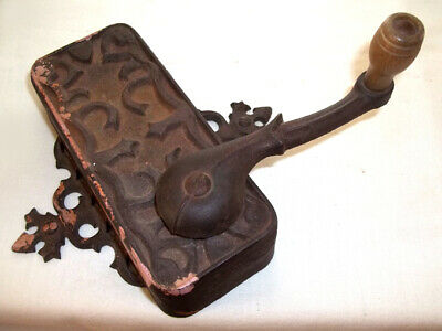 Antique Cast Iron Wall Mount Can Opener Universal Dazey Americana Old Kitchen