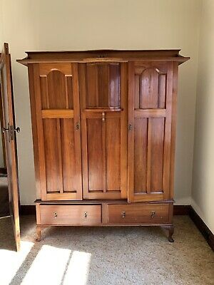 Antique wardrobe / drawers excellent condition