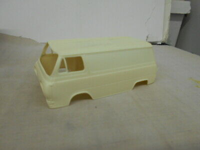 Unknown Resin Early 1960's Ford Econoline Van with Donor Kit 1/25