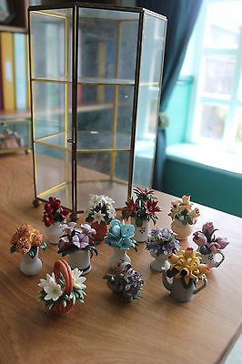 Franklin Mint Ltd 'Flowers of the Year Porcelain Miniature Collection' & vitrine