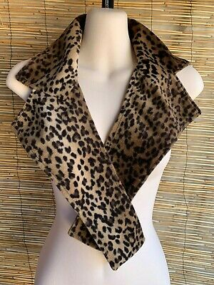 Faux fur leopard collar.Vintage inspired.Fits all.Gregory Ladner brand. creative