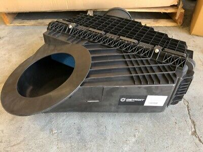 Freightliner Cascadia Air Cleaner Assembly - DETROIT 03-42776-000
