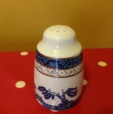 Royal Doulton Booths Real Old Willow Pepper Pot 1988. Excellent condition.