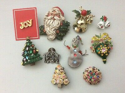 10 brooches, pins, slide for pendant Christmas lot