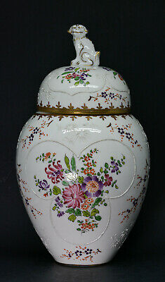Antique Samson porcelain Chinese style urn with Foo dog lid - 10.5 inches tall -