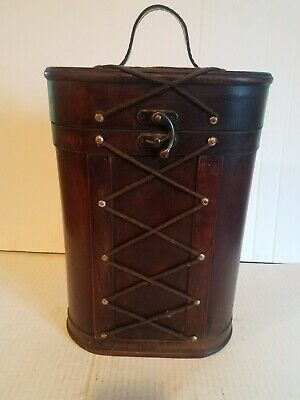 Vintage Wooden Buckle Horn Lock Double Wine Carrier