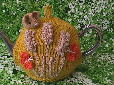 Hand Knit Harvest Mouse Tea Cosy Medium Pot