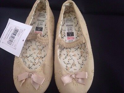 BNWT Girls Shoes Gold Size 8 TU (Sainsbury's) Flower Girl / Bridesmaid Shoes