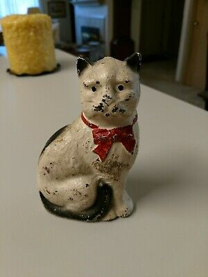 Vintage Hubley White CAST IRON SITTING CAT Vintage Kitty BANK Paperweight