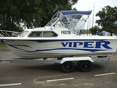 Vickers Easyrider 570 Cabin Cruiser 19ft Boat with 115Hp Yamaha Outboard Motor