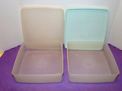 Tupperware~2~ Vintage Square-A-Way Sandwich Keepers #670 -EUC
