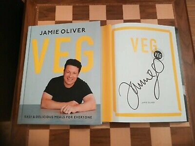 Veg Easy & Delicious Meals for Everyone EXCLUSIVE SIGNED Jamie Oliver HB 1st/1st
