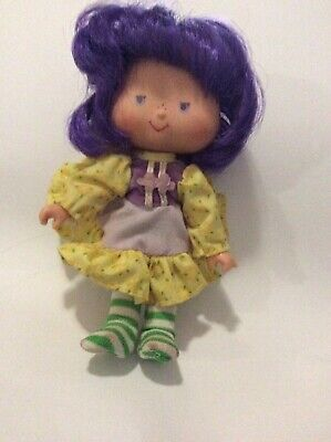 vintage rare strawberry shortcake doll collectable pur hair striped stockings