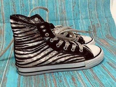 Little Girls Gotta Flurt Tennis Shoes Black Silver    Size 1 Super Cute High Top