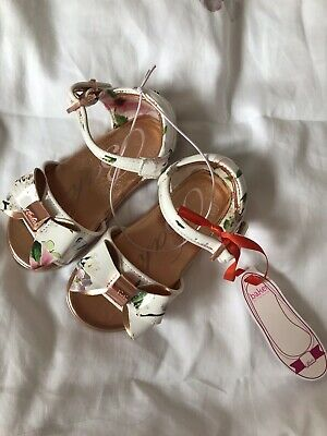 Baker by Ted Baker - Girls' White Floral Sandals Size Infant 6 Brand New