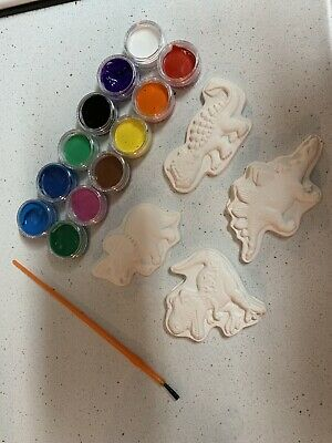 Plaster moulds unicorn, dinosaur And Cars