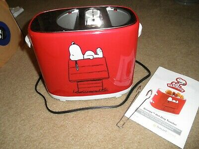 Smart Planet Snoopy Hot Dog & Bun Toaster W/ Manual