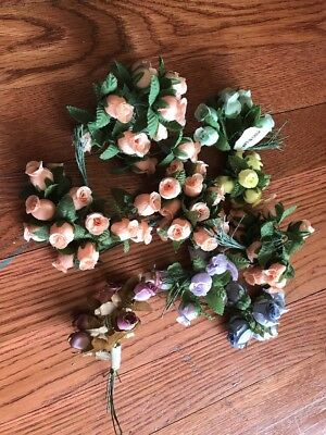 Lot Of 8 Bunches Craft Fabric Roses With Wire Stems
