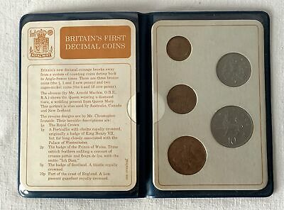 Vintage Royal Mint Britains First Decimal Coin Set in Plastic Wallet #1