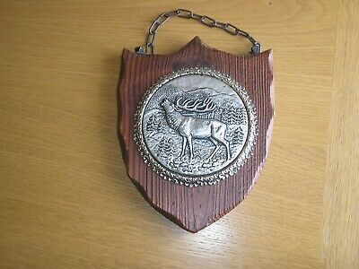 Wooden Shield Wall-Hanging Plaque with Chain - Germany/Black Forest - Stag Motif