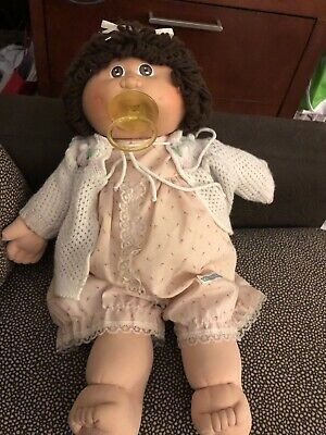 Cabbage Patch Kids Girl Doll Brown Eyes Brown Hair Yarn Ponytail Pacifier 1982