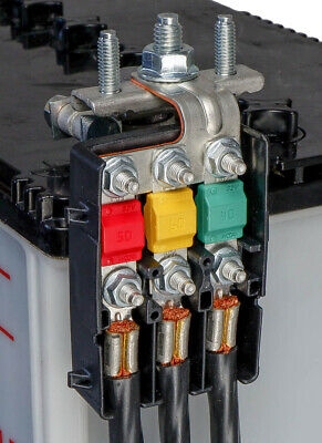 3-Way Power Distribution Box for Midival Fuses with Bus bar MTA