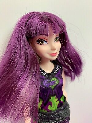 Disney Descendants Isle of Lost Style Switch Mal Fashion Doll 2 Outfits