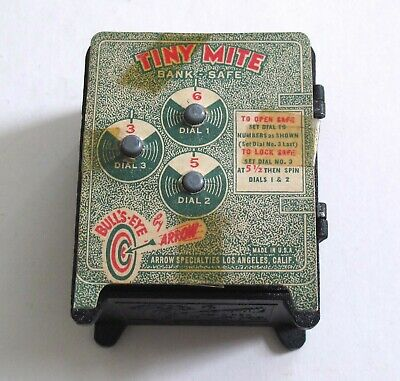 Combination Card & Tiny Mite Bank Safe by Arrow