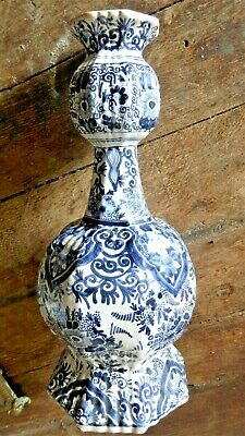 Antique Dutch Delft blue and white onion-necked vase by Johannes van Duyn 1760