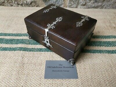 A French Travelling Leather Jewellery Box