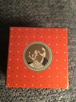 Vintage RICHARD HUDNUT / Three Flowers Face Powder Cardboard Box (empty)
