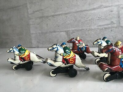 tin toy race horse vintage. Japanese. Good condition.