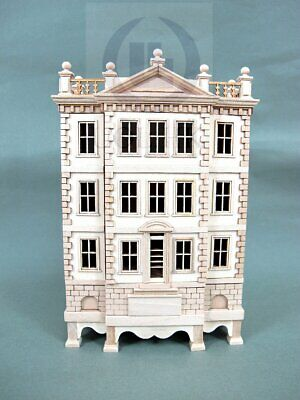 """Miniature Wooden The """"George""""1:144 Scale Baby House [Unfinished]"""