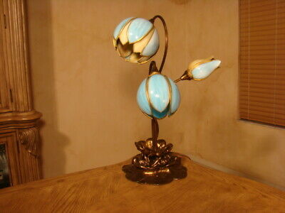 Amazing Unusual 3 Lights Antique Stained Slag Glass Tulip Lamp