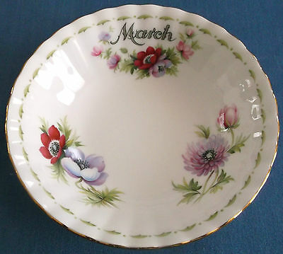 VINTAGE ROYAL ALBERT FLOWER OF THE MONTH BOWLS 14cm BONE CHINA MADE IN ENGLAND