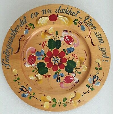Vintage Norwegian Rosemaled Wooden Plate by L. S. Lysne