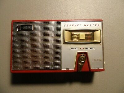 CHANNEL MASTER DELUXE 8 TRDEULUXE TRANSISTOR RADIO-MODEL Red JAPAN Box 30