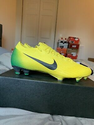 desempleo Cincuenta Superior  Nike Mercurial Vapor VIII CR7 Firmground Soccer Shoes