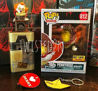 Funko Pop Pennywise Deadlights IT Chapter Two Hot Topic Collectors Box Unopened