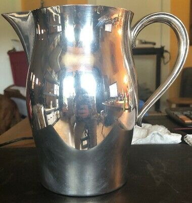 WM Rogers PAUL REVERE Reproduction Silverplate Water Pitcher 64oz Nice