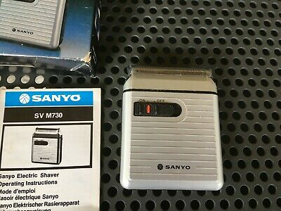 battery Sanyo shaver vintage complete.  used