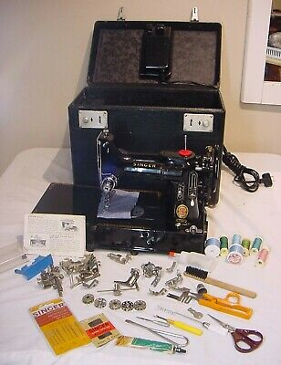 222K RARE Red S FEATHERWEIGHT SEWING MACHINE 110 VOLTAGE  FREE ARM LOADED 1960